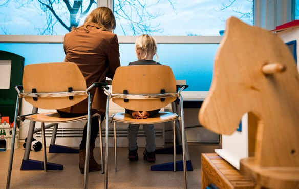 Dochter met depressie wordt volgens ouders uit Alkmaar als hete aardappel doorgeschoven door jeugdzorginstanties: 'Alle deuren gaan en blijven dicht'