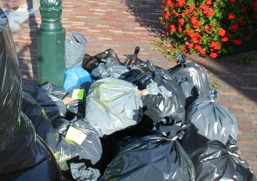 Zorgen op Marken over nieuw inzamelsysteem huisvuil