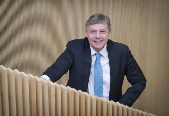 Burgemeester Roest meldt politie schending ambtsgeheim