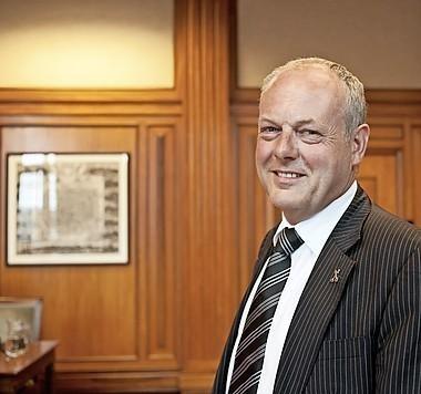 Burgemeester Lenferink wil zorg- en veiligheidshuis tegen overlast verwarde personen in buurt