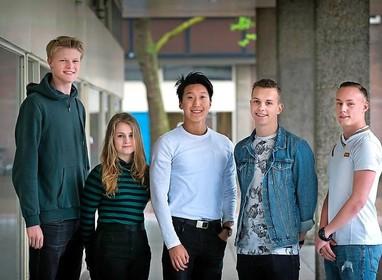 De vlag kan uit bij de vijf leerlingen die Haarlems Dagblad volgde bij eindexamen
