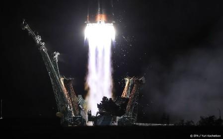 Nieuwe bemanning onderweg naar ruimtestation