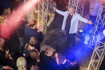 Haarlemse volkszanger Rob Zorn krijgt werkstraf voor mishandeling