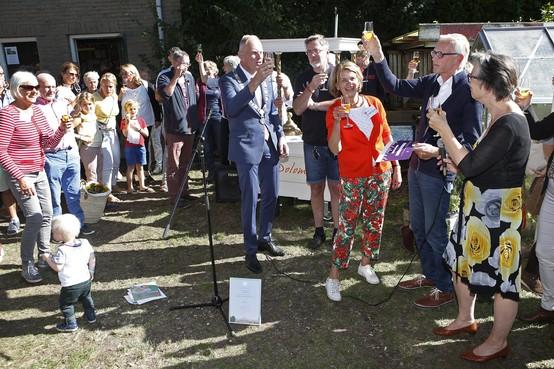 Koninklijke eer voor Stichting Kindertuinen Bussum: Wat begon als 'verheffingsideaal' heeft nu een erepenning