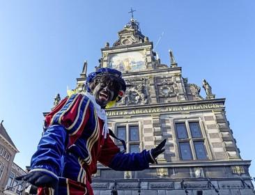 Jerry Afriyie (Kick Out Zwarte Piet) wil Alkmaar 'zwartepietvrij'