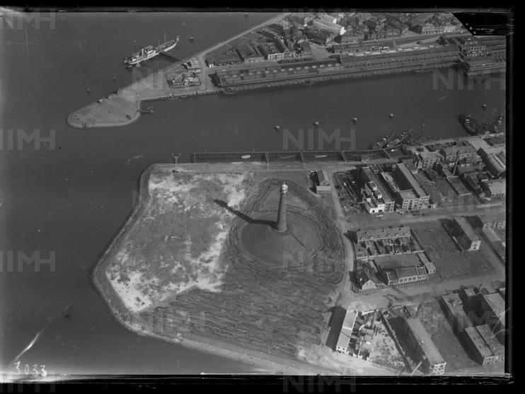 NIMH zet historische luchtfoto's van IJmuiden en regio online
