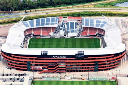 Constructeur over stadionramp AZ: 'Wind en afgebroken bouten'
