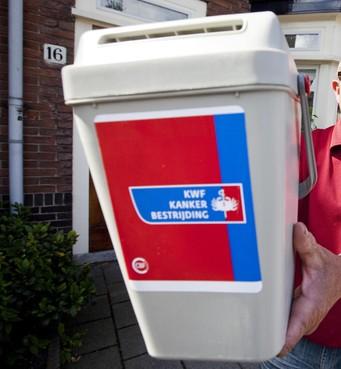 Collectebus voor kankerfonds gestolen bij inbraak in slagerij in Noord-Scharwoude