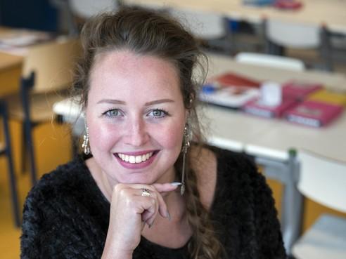 Juf Dedy Plug van basisschool Het Kompas staakt niet in Den Haag maar gewoon in Velsen