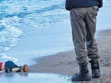 Alan Shenu, dood op het strand van Bodrum.