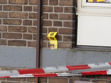 Mannen moeten langer in cel blijven voor schietincident in IJmuiden