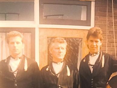 Palingventer Martin (rechts) en zijn vader (m).