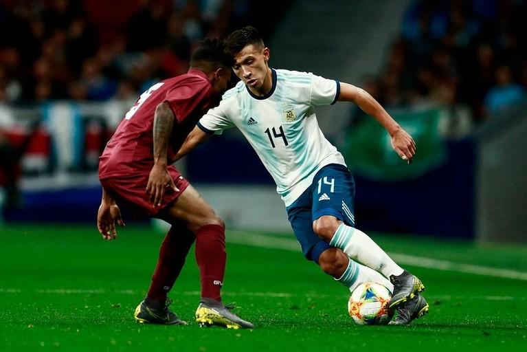 Argentijnse verdediger Lisandro Martínez voor vier jaar naar Ajax [video]