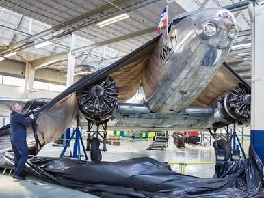 'Oude dame' Douglas DC-2 glimt weer in museum Nieuw-Vennep