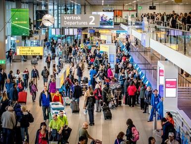 Geen KLM-vluchten vanaf Schiphol door stroomstoring [update]