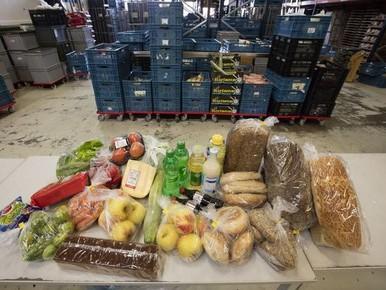 Leidse Voedselbank deelt voor bijna een miljoen uit