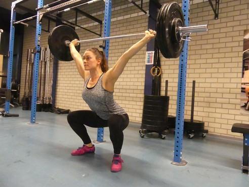Jorien Laan via acrogym naar het NK gewichtheffen in Amsterdam