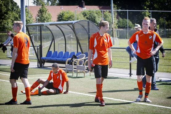 Interpretatie buitenspelregel door scheidsrechter bepalend in duel Assendelft-Kolping Boys: Zaanse ploeg blijft tweedeklasser