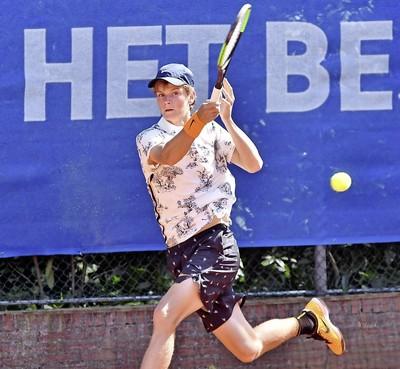 Alec Deckers, zoon van Wimbledon-kampioen Richard Krajicek, is weer fit en voelt zich bevrijd