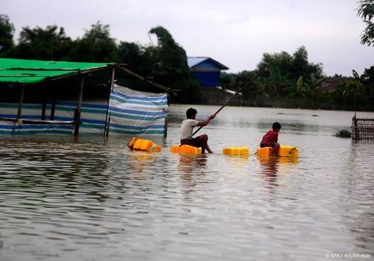 Zeker 180 doden door overstromingen Zuid-Azië