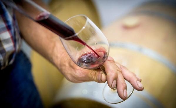 Geen alcohol in de Bullekerk in Zaandam; vergunningen ontbreken nog