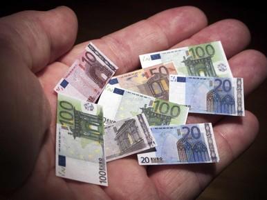 Voormalig burgemeester Wassenaar betaalt te veel aan wachtgeld terug