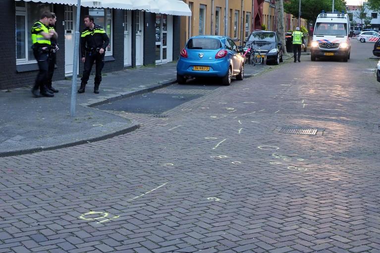 Scooterrijder gewond na opzettelijke aanrijding in IJmuiden, auto vlucht