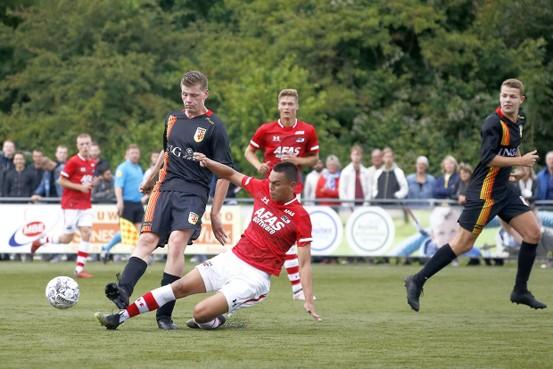 Schagen United weggezet door Jong AZ maar 'prachtig begin voor fusieclub', zegt trainer Sem Wokke