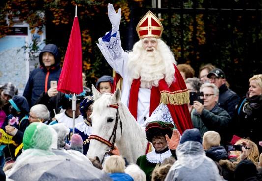 Denk en PVV tegen landelijke Sinterklaasintocht Zaanstad