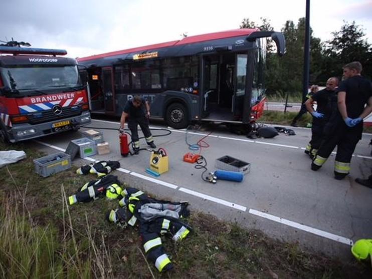 Scooterrijder ernstig gewond bij ongeluk met lijnbus in Hoofddorp