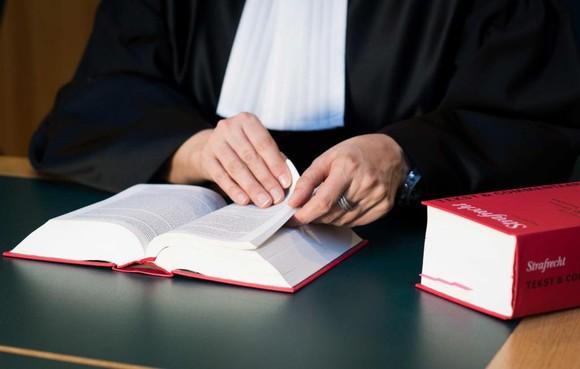 Eis: 7 jaar voor groepsverkrachting Leidse vrouwen in Antwerpen