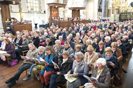 Meezing Matthäus in Grote Kerk Haarlem: Bach ontroert allen, gelovig of niet
