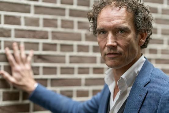 Onno Blom schrijft biografie van jonge Rembrandt