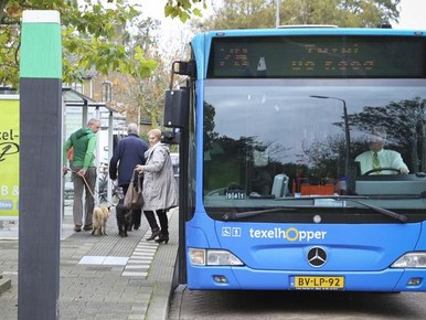 Verwarring over proef bus veerboot-station