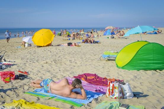 Een lange warme stranddag op Texel