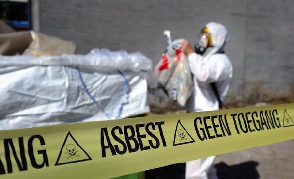 Gemeente steekt ruim halve ton in sanering asbestbesmetting bij rugbyclub Den Helder