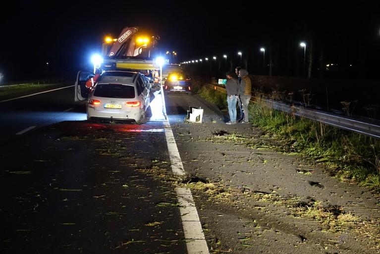 Zwaar ongeluk op A7 bij Benningbroek, inzittenden ongedeerd