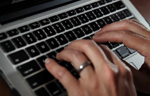 Proces tegen hacker die naaktbeelden BN'ers stal