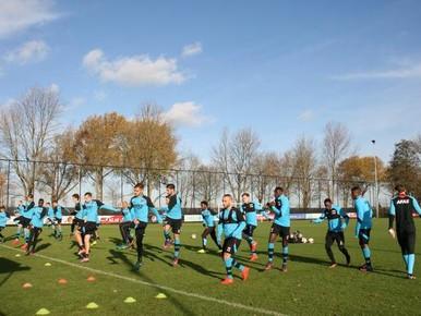 AZ ongewijzigd tegen FC Twente