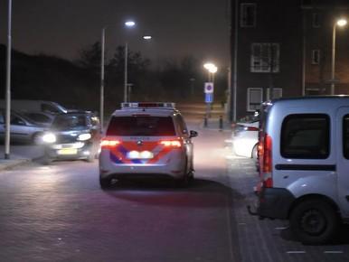 Politie zoekt naar inbrekers in omgeving Keetberglaan in IJmuiden