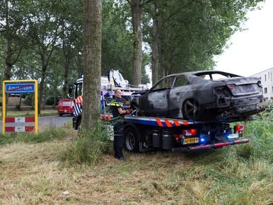 Vluchtauto aanslag pand Telegraaf Media Groep gestolen in Woerden