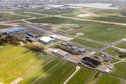 Bouw nieuw dorp op voormalig vliegkamp Valkenburg vertraagd door stikstof