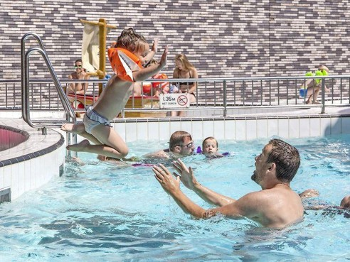 Aannemers zwembad Heersdiep Den Helder: 'We sloegen al heel vaak alarm'