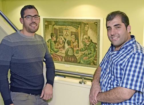Syrische broers in Hoorn schenken mozaïek 'Aardappeleters' als dank