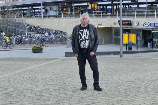 Hilversumse rocker Ronald Welgemoed: 67 jaar en weer een nieuw album met Rotjoch [video]