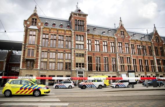 'Na schoten wist ik dat het foute boel was op Amsterdam Centraal'