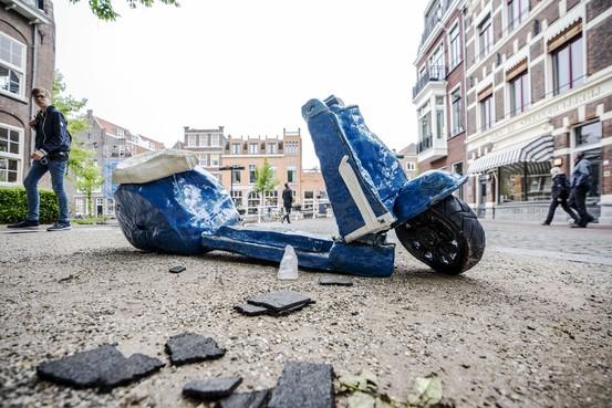 Boosheid over hausse aan vernielingen op openluchttentoonstelling Beelden in Leiden: 'Respectloos naar kunstenaars'