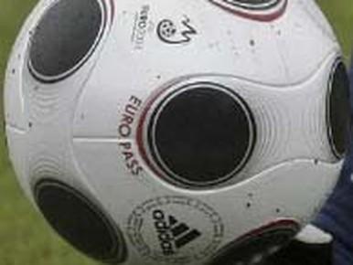 Voetbaluitslagen