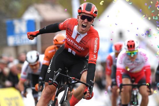 Zaankanter Bol wint slotetappe van de Ronde van Californië, Pogacar eindklassement