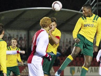 FC Uitgeest wint nu wel van Ajax